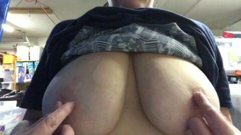 Большие отвисшие сиськи в порно